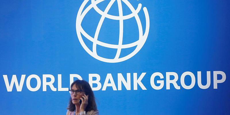 Всемирный банк одобрил кредит Украине в размере 350 млн долларов, страна также заняла деньги у МВФ