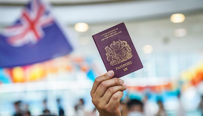 Борис Джонсон предлагает убежище в Великобритании 3 миллионам граждан Гонконга в ответ на ввод Китаем закона о национальной безопасности