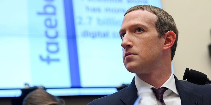 Цукерберг говорит, что рекламный бойкот не изменит принципы Facebook