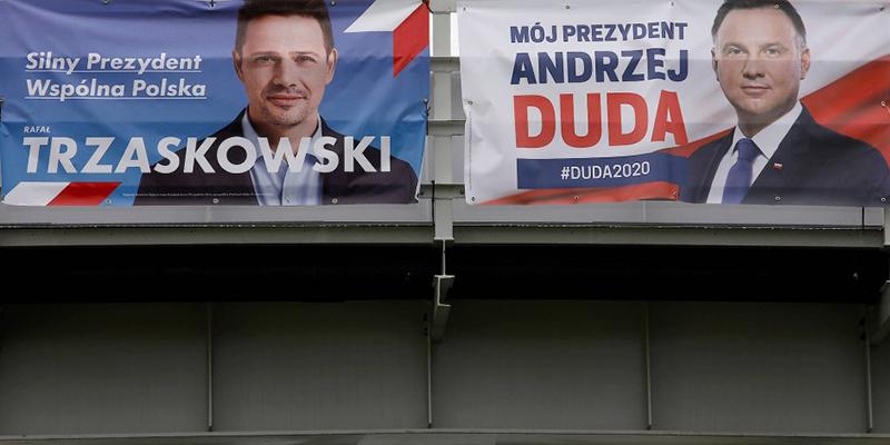 В Польше закончились президентские выборы, согласно экзит-поллам, действующий президент выигрывает с разрывом в менее 1%