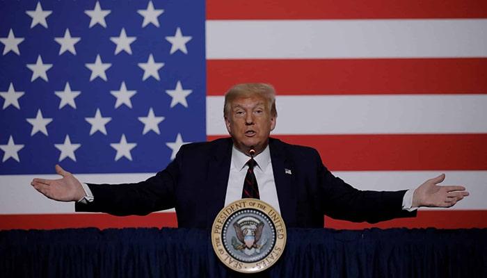 Некоторые люди высказывают мысль о том, что Трамп не собирается покидать Белый дом, если проиграет выборы, но, кажется, это не совсем так