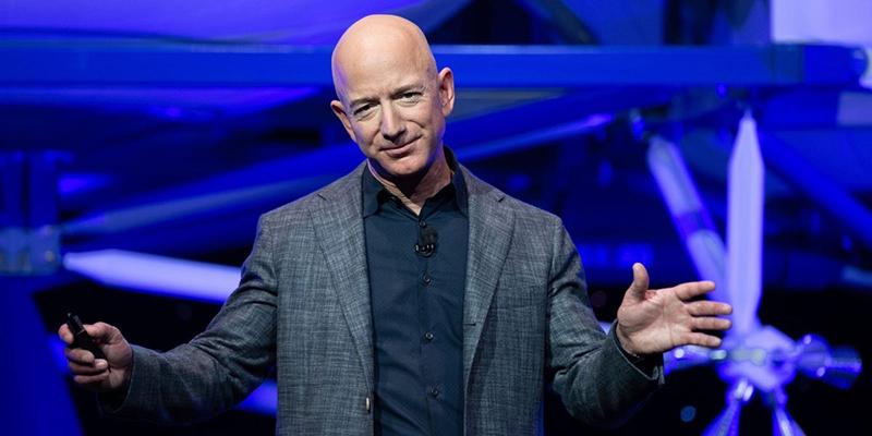 Джефф Безос за раз продал акций Amazon на 3,1 миллиарда долларов - больше, чем его общий объем продаж за весь 2019 год