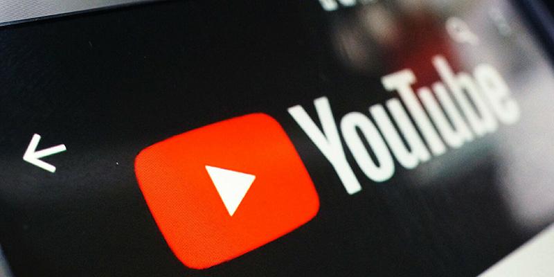YouTube собирается ввести возрастные ограничения для большего количества видео