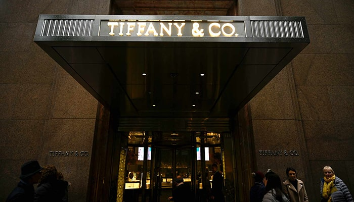 LVMH и Tiffany подали друг на друга в суд из-за несостоявшегося поглощения на 16 млрд долларов