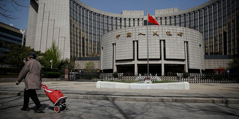 Глава центрального банка Китая заявил, что в этом году экономика вырастет примерно на 2%