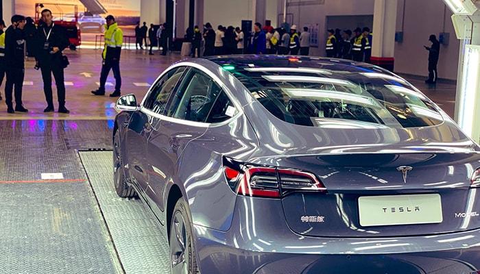 Tesla начинает экспорт своих автомобилей Model 3 китайского производства в Европу