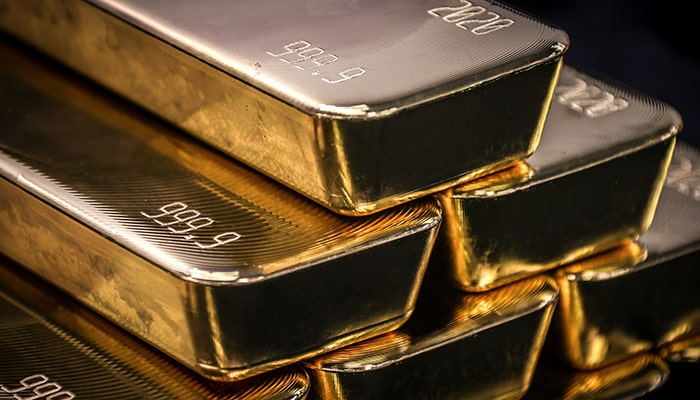 Впервые за десятилетие центральные банки продают золото