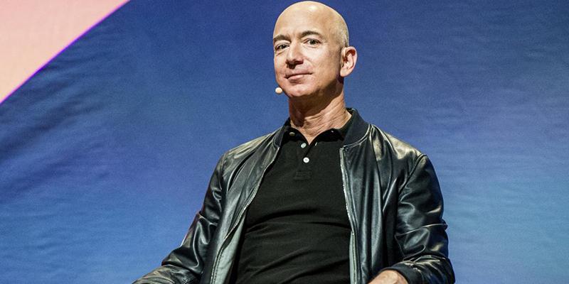 Джефф Безос обошел Илона Маска и снова стал самым богатым человеком в мире