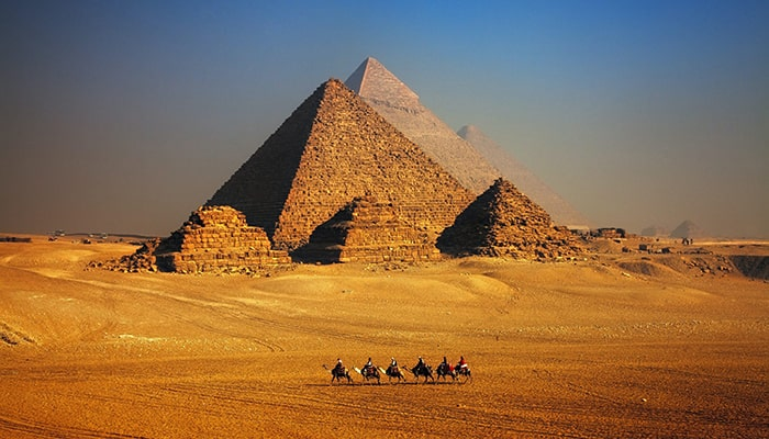 Какой была бы сегодняшняя стоимость строительства египетских пирамид?
