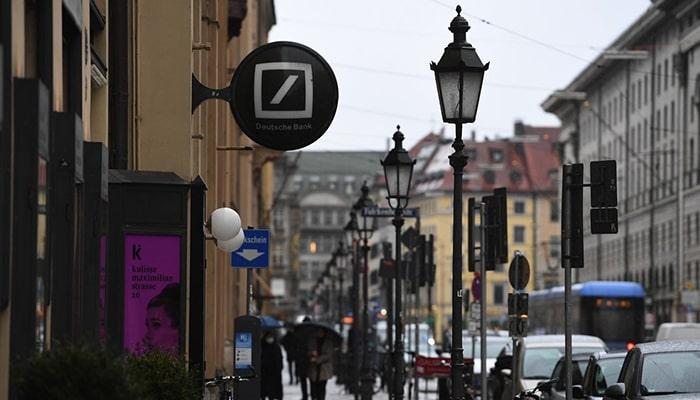 Немецкий регулятор приказал Deutsche Bank усилить контроль за отмыванием денег. Один из крупнейших банков мира неоднократно подвергался критике за работу с «грязными деньгами»