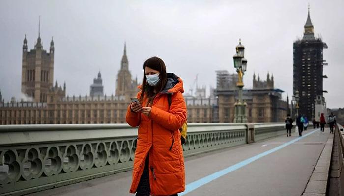 Англия впервые за 14 месяцев сообщила о нулевом количестве смертей от коронавируса за сутки