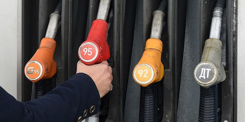Россия готова запретить экспорт бензина, если рекордные цены сохранятся