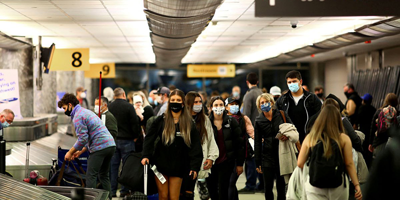 США ослабят ограничения для вакцинированных иностранных туристов в ноябре