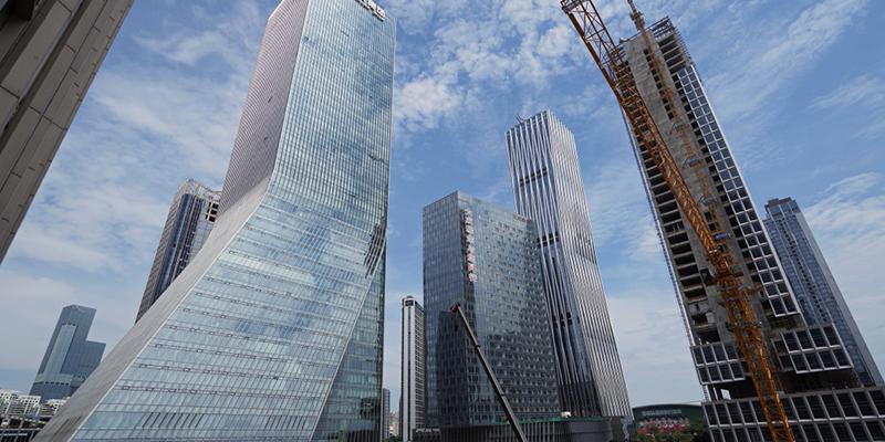Китаю задолжали 385 миллиардов долларов, в списке должников 165 стран